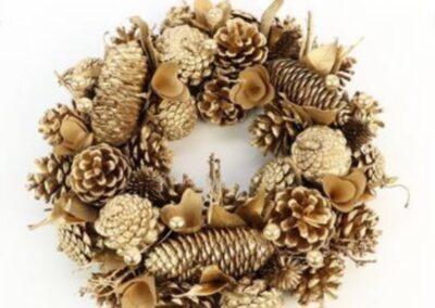 decorazioni con fiori natalizie color d'oro per copre